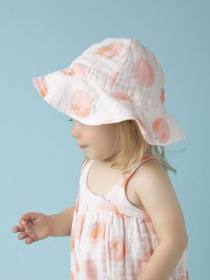 Peachy Sunhat Alternate